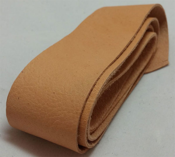 nature strap of tanned reindeer hide