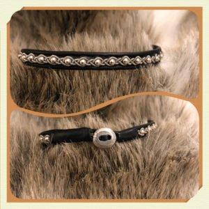 Armband av renskinn tenntråd silverpärlor och tennknapp