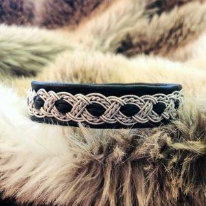 armband-nico-smycke-tenntråd-koppartråd-läder-slöjdmaterial